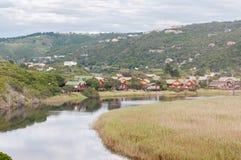 Van het wildernisstad en meer gebied stock afbeelding