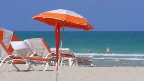 Van het het zuidenstrand van Miami van het de luxehotel de oceaanmening 4k Florida de V.S. stock video