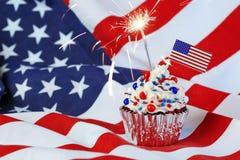 4 van Juli cupcake met vlag, bestrooien Royalty-vrije Stock Foto