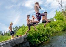 4 van Juli zwemmen, Strafford Vermont Stock Afbeeldingen
