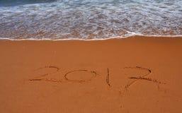2017 van letters voorziend op het strand Stock Foto