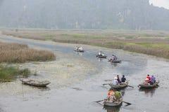 Van Long naturlig reserv i Ninh Binh, Vietnam Royaltyfria Foton