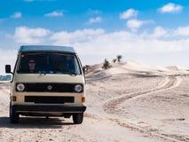 Van nel deserto Fotografia Stock Libera da Diritti
