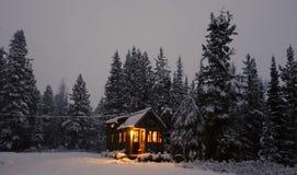 Van net uiterst klein huis Stock Foto's