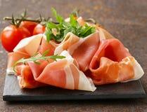Van Parma de ham (jamon) traditioneel Italiaans vlees Stock Afbeeldingen