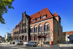"""Van Polen †de """"Lagere Silesië †""""Walbrzych †""""Historische het Postkantoorbouw Stock Afbeelding"""