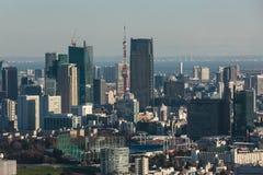 Van Tokyo Metropolitaanse de Overheid en van Shinjuku wolkenkrabbers royalty-vrije stock afbeeldingen