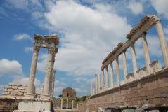 Van Traianus (Trajan) de tempel in pergoman akropolis Royalty-vrije Stock Afbeelding
