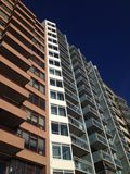 Van vlissingenvlakten van de gebouwenboulevard de hemelbalkon Stock Fotografie