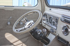 1950 van Wit Ford Pickup Interior Stock Foto's