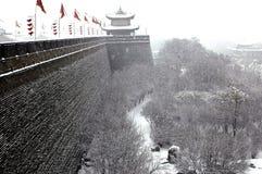 Van Xian (xi'an) de stadsmuur in sneeuw Royalty-vrije Stock Afbeelding