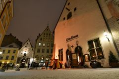 Vanaturu Kael, een straat in de stads oude stad tallinn Estland royalty-vrije stock foto