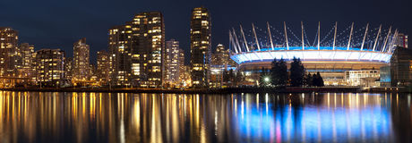 Vancôver e BC Place Stadium Fotografia de Stock Royalty Free