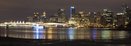Vancouver au panorama de nuit Image stock