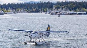 VANCOUVER BC KANADA - 6. JUNI 2016: Beherbergten Sie Luft Dehavilland-Otter Vancouver-` s im Kohlen-Hafen stockbild