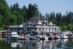 Stanley parkerar clubhousen på Vancouver Waterfornt Arkivfoto