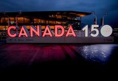 Vancouver, Canadá - diciembre de 2017: CANADÁ 150 años de aniversario foto de archivo libre de regalías