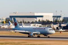 Vancouver, Canada - Circa 2018: Air Canada-Luchtbus A319 bij YVR I Royalty-vrije Stock Afbeelding