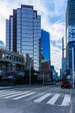 VANCOUVER, CANADA - 18 février 2018 : Vue des rues occidentales occidentales de Hastings à Vancouver du centre Photographie stock libre de droits