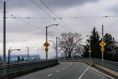 Vancouver, Canada - Februari 3, 2018: De weg van de Granvillebrug aan Vancouver de stad in Royalty-vrije Stock Fotografie