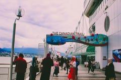 VANCOUVER CANADA - 15 JUNI 2018: Canada Place de Bouw in Vancouver, Brits Colombia Gemeenschappelijke toeristenplaats met royalty-vrije stock afbeelding