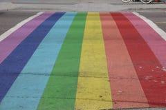 Vancouver Davie Village Rainbow Crosswalk Imágenes de archivo libres de regalías
