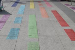 Vancouver Davie Village Rainbow Painted Street Stockbild