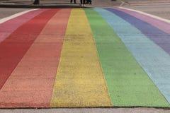 Vancouver Davie Village Rainbow Painted Street Lizenzfreies Stockfoto