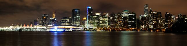 Vancouver de stad in bij nacht Royalty-vrije Stock Foto's