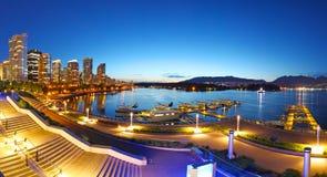 Vancouver en la noche Imagenes de archivo