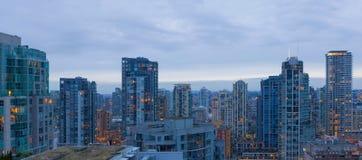 Vancouver F. KR. i stadens centrum lägenhet som bor Cityscape arkivbilder