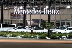 Vancouver F. KR., Kanada - Januari 9, 2018: Kontor av den officiella återförsäljaren BMW BMW är en tysk biltillverkare som specia Royaltyfri Foto