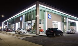 Vancouver F. KR., Kanada - Januari 9, 2018: Kontor av den officiella återförsäljaren Volkswagen Volkswagen är en tysk biltillverk Royaltyfria Bilder