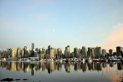 Vancouver horisont på skymningen Arkivfoton