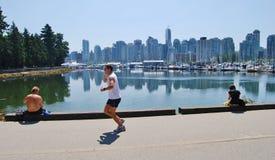 Mensen Actief bij de Zeedijk van de Waterkant van Vancouver Royalty-vrije Stock Fotografie