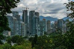 Vancouver Kanada - Juni 20, 2017 byggnader i i stadens centrum Vancouver F. KR. Arkivbild