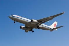 Air China flygplan Royaltyfri Fotografi