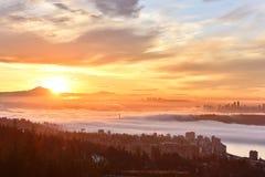 Vancouver Mgłowy wschód słońca Fotografia Stock