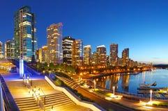 Vancouver på natten arkivbild