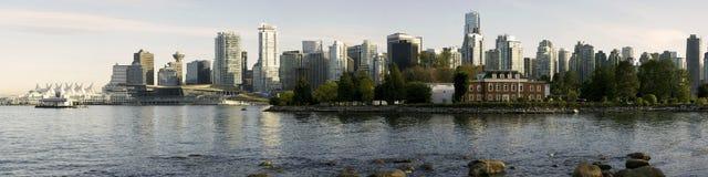 Vancouver-Skyline-Abend Lizenzfreie Stockbilder