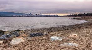 Vancouver-Skyline vom Jericho-Strand Stockbild