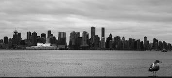 Vancouver som ses från norr Vancouver Arkivfoton