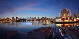 Vancouver-Wissenschafts-Welt und BC Stadion stockbilder