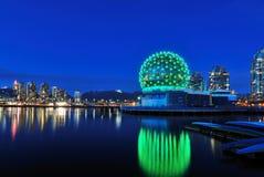 Vancouver-Wissenschafts-Welt zur Weihnachtszeit Stockfotografie