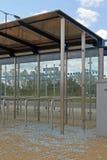 vandalised автобусная остановка стоковые изображения rf