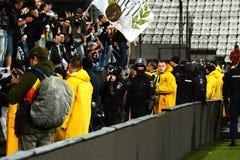 Vandalisme tijdens een voetbalspel royalty-vrije stock afbeelding