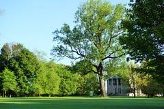 Vanderbilt-Villensüden-Seiteneingang lizenzfreie stockfotografie