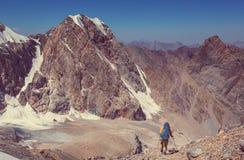 Vandring i Fann berg fotografering för bildbyråer