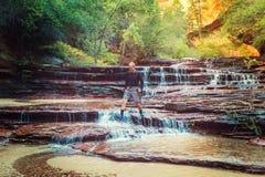 Vandring i Zion arkivfoton