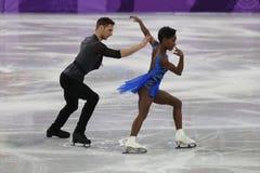 Vanessa James und Morgan Cipres von Frankreich führen im Team Event Pair Skating Short-Programm an der 2018 Winterolympiade durch Lizenzfreies Stockbild